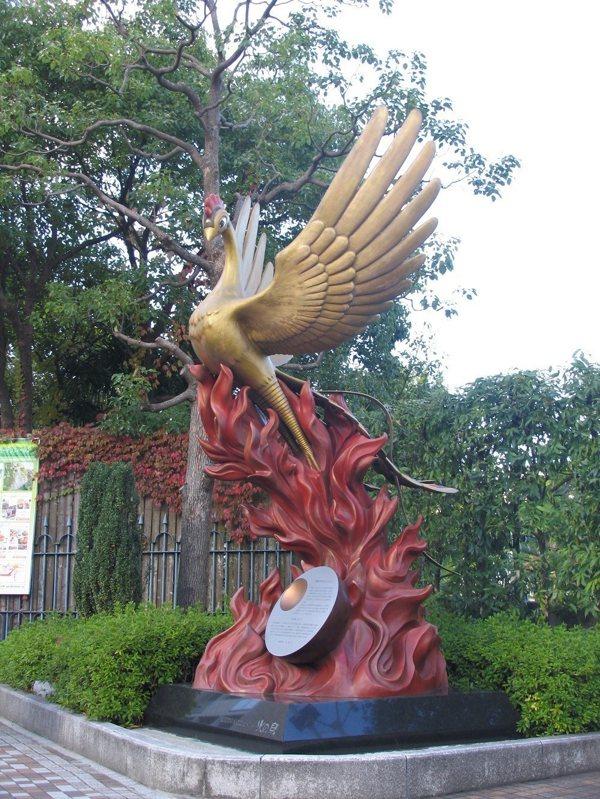 圖說:《火之鳥》是手塚治蟲的長篇歷史經典作品。 圖、文/蔚藍文化《從北齋到吉卜力:走進博物館看見日本動漫歷史!》