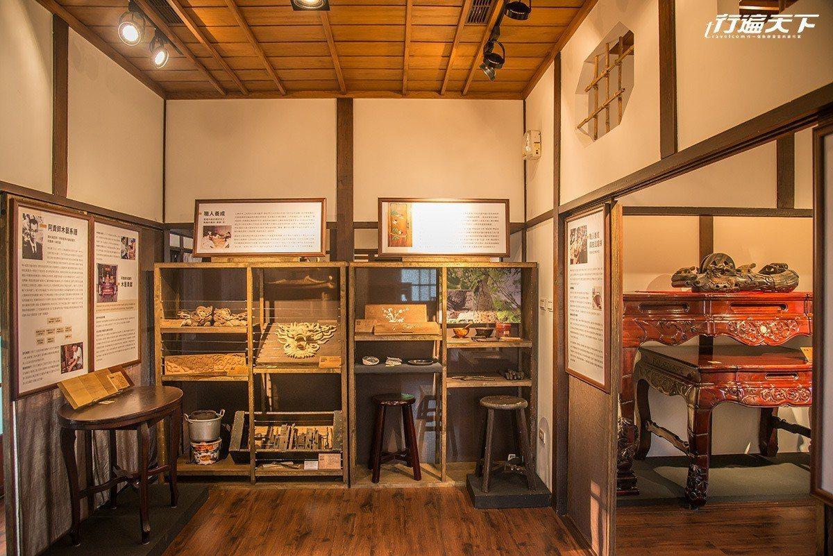 內部展示了許多傳統工藝的細節,值得慢慢賞玩。