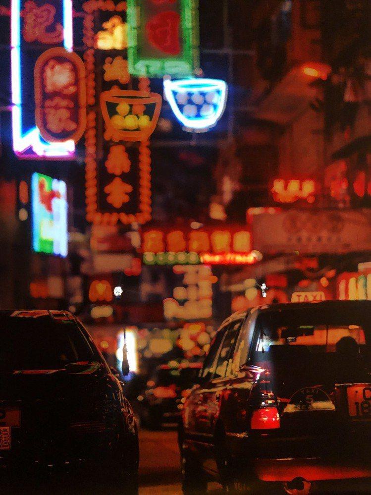 香港建築兼攝影師麥憬淮,把香港街景與Overseas系列腕表相互結合,讓賞表更多...