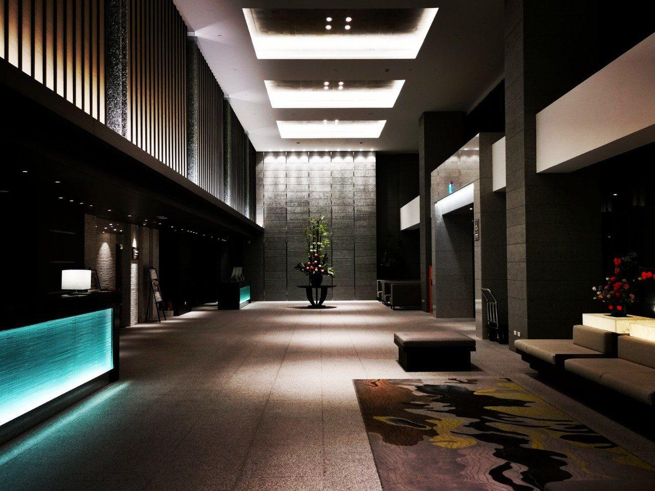 北投亞太飯店的大廳,做挑高設計,氣派典雅。記者韓化宇/攝影