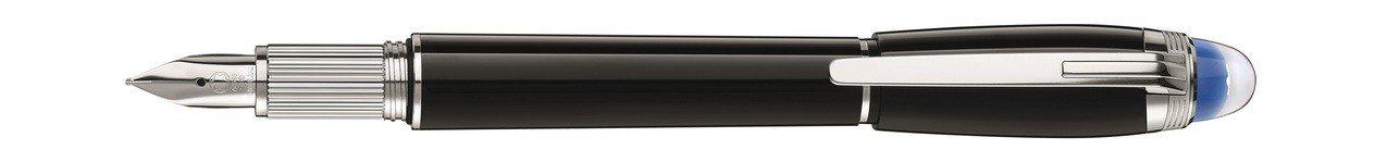 萬寶龍StarWalker星際行者系列珍貴樹脂款鋼筆,15,700元。圖/萬寶龍...