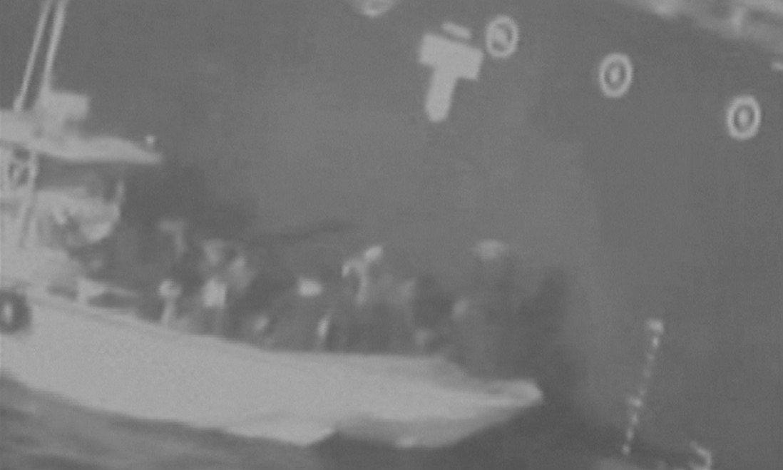 美國政府13日指控伊朗襲擊在中東阿曼灣的兩艘油輪,儘管伊朗斷然否認與此有關,但美...