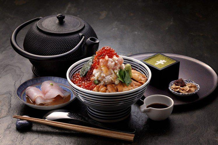 日本橋海鮮丼「つじ半」的海鮮珠寶盒套餐,每份480元。圖/日本橋海鮮丼「つじ半」...