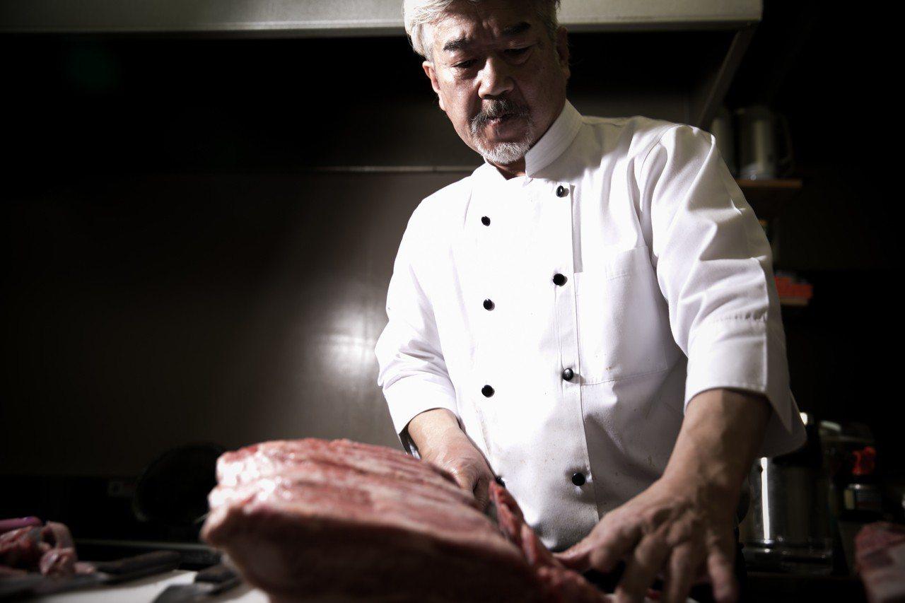 大分燒肉名店「銀山亭」主廚今井治,將於6月27日~6月29日來台獻藝。圖/樂軒提...