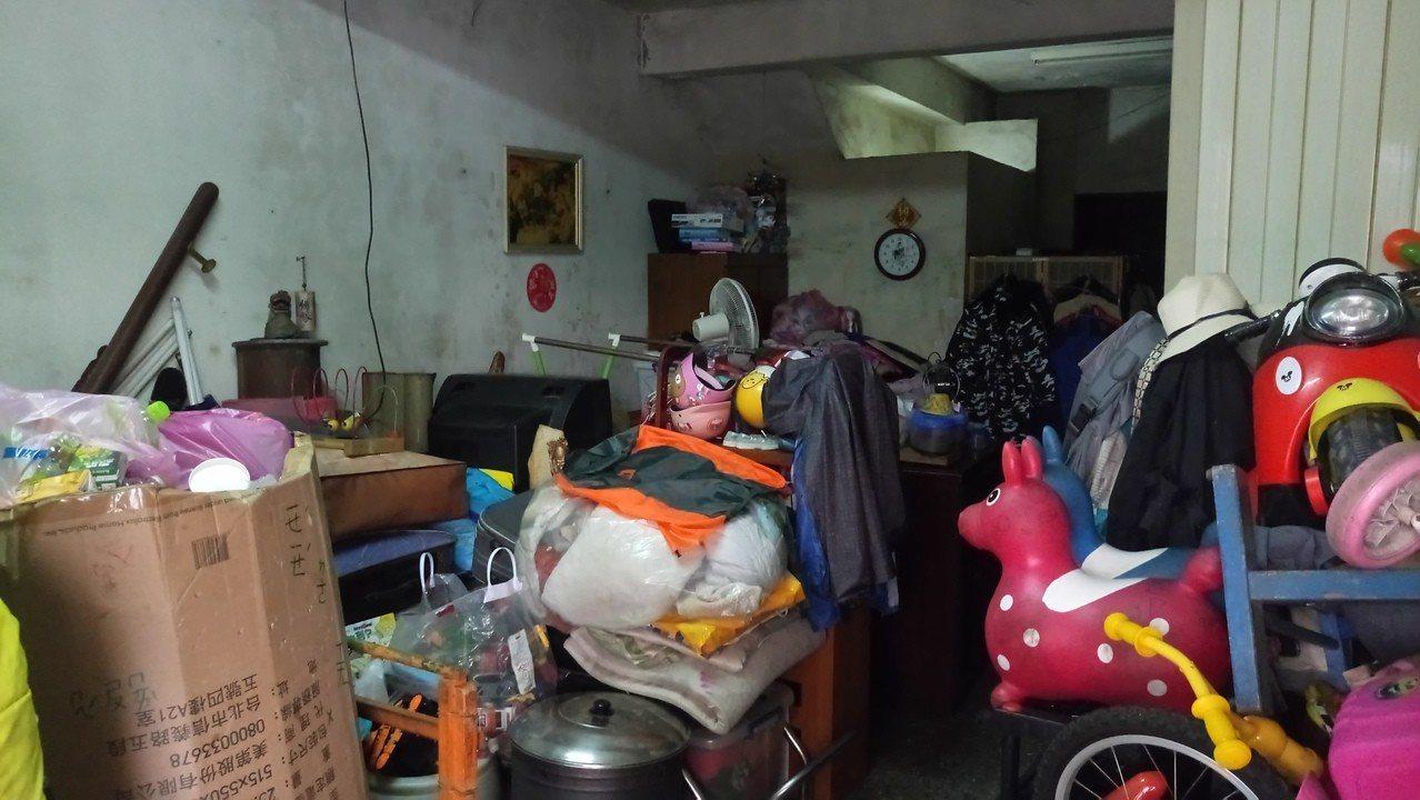 家扶收到捐贈的玩具不乏損壞、故障品。圖/桃園家扶中心提供