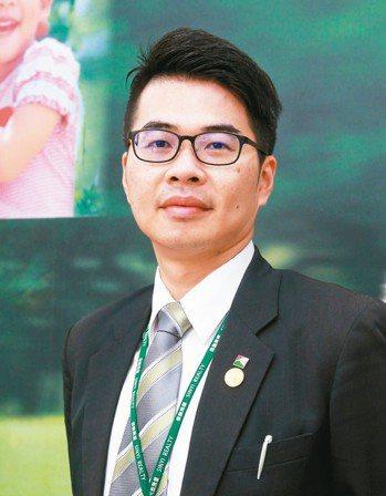 黃范銘(信義房屋中壢忠福店),40歲,入行15年 圖/信義房屋提供