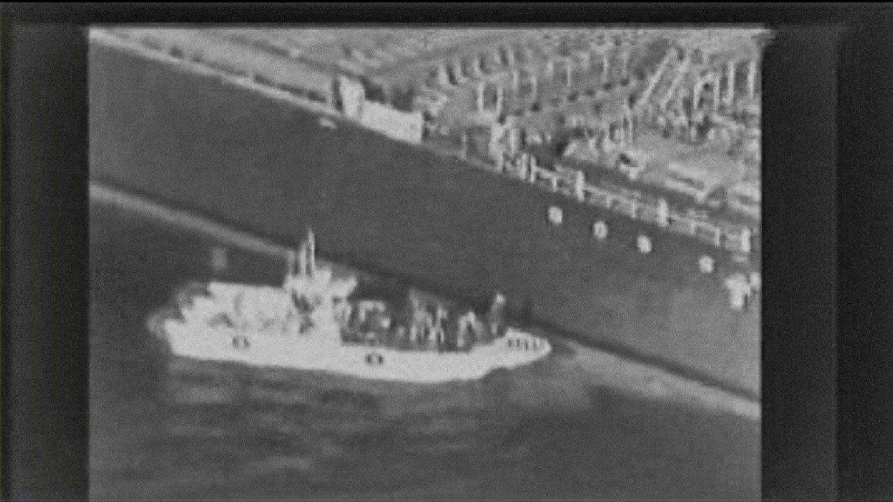 川普點名伊朗襲擊油輪,伊朗反咬是美國及盟邦所為,油輪遇襲前,伊曾發射飛彈攻擊美無...
