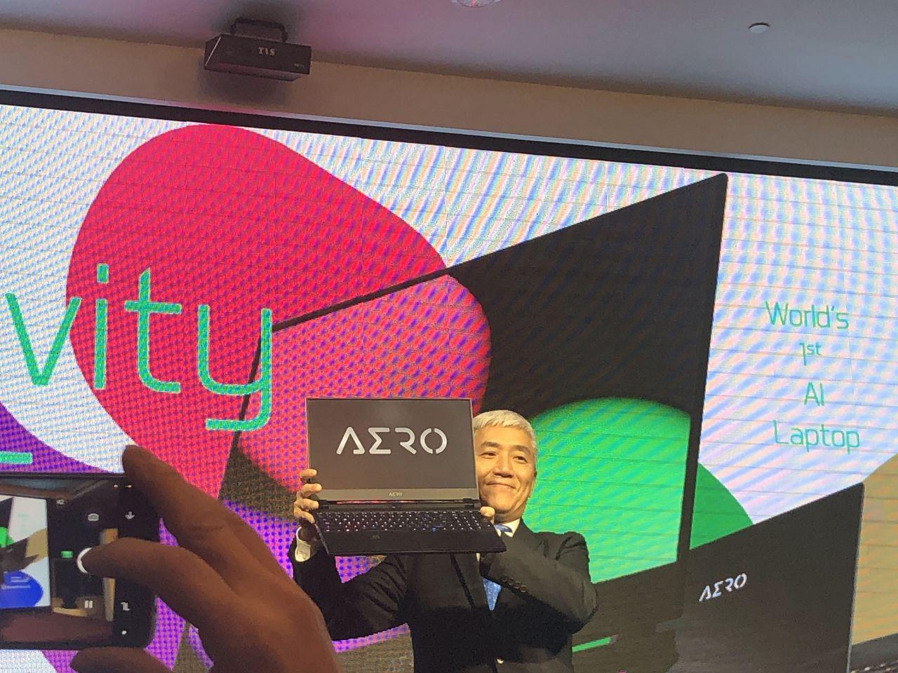 技嘉發布AERO新筆電,董座葉培城樂觀看新品效益。圖/聯合報系資料照片