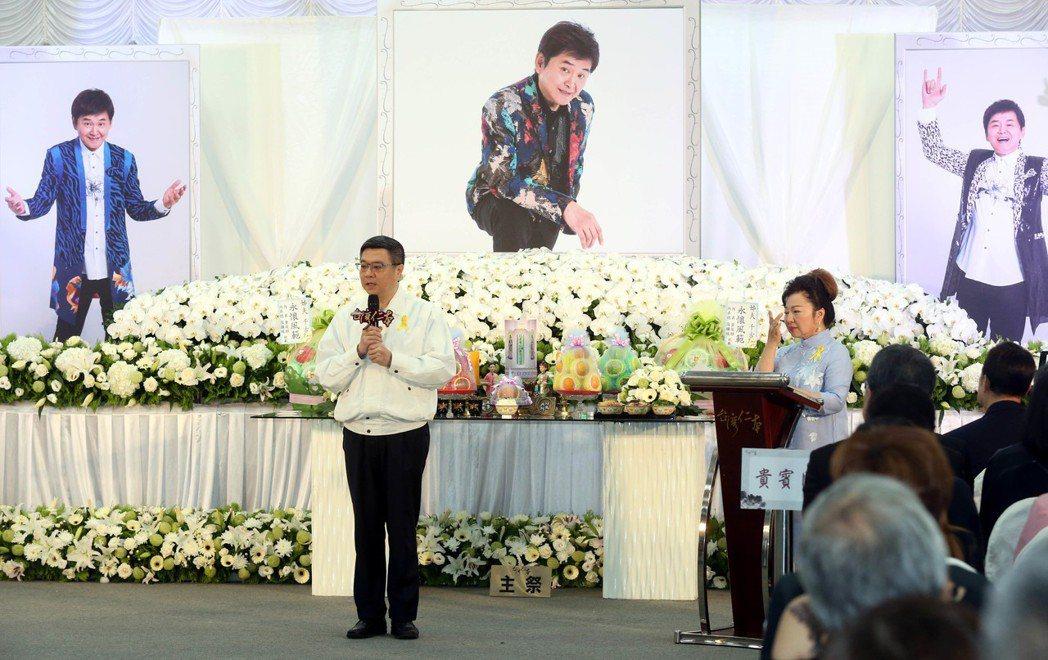 賀一航告別式出席友人。記者林俊良/攝影
