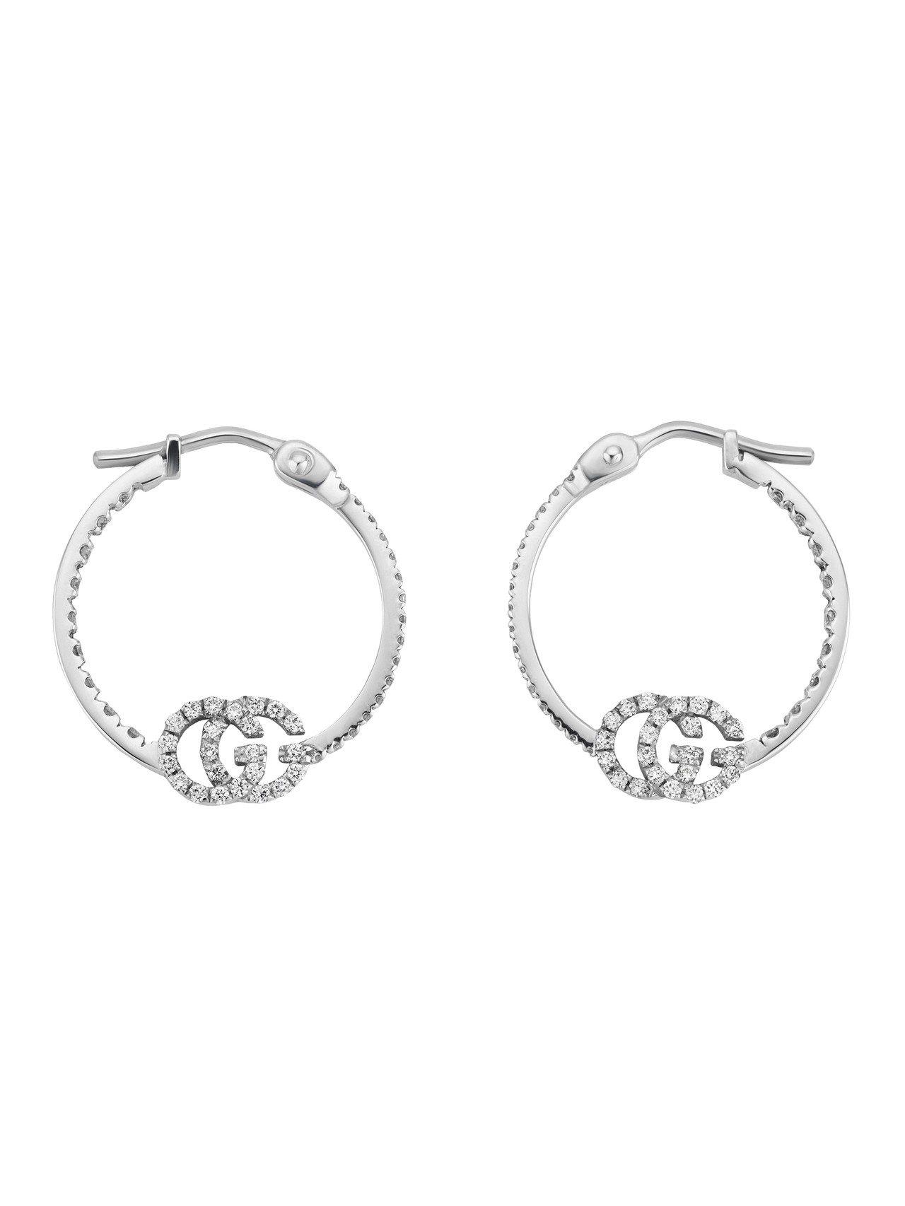 GG Running 18K白金G字鑽石耳環,97,200元。圖/古馳提供