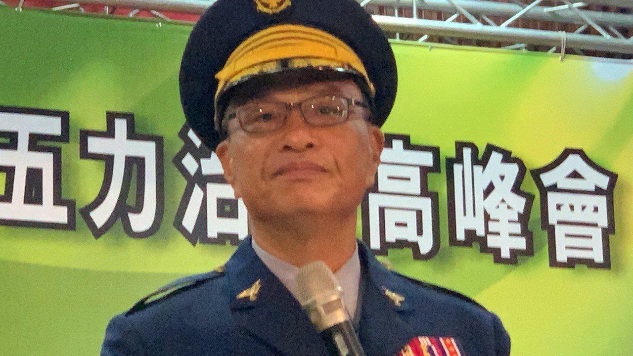 台南市警局長黃宗仁在警察節慶祝活動臉色沈重,眼眶泛紅。記者吳淑玲/攝影
