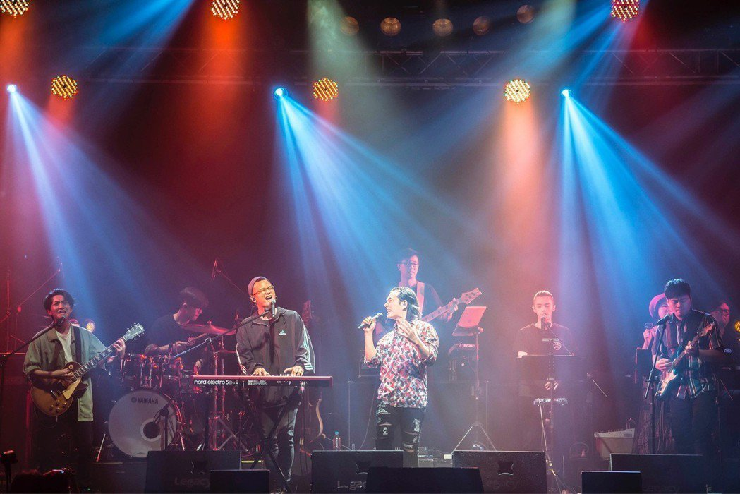 任賢齊14日在台北legacy開唱。圖/legacy台北提供