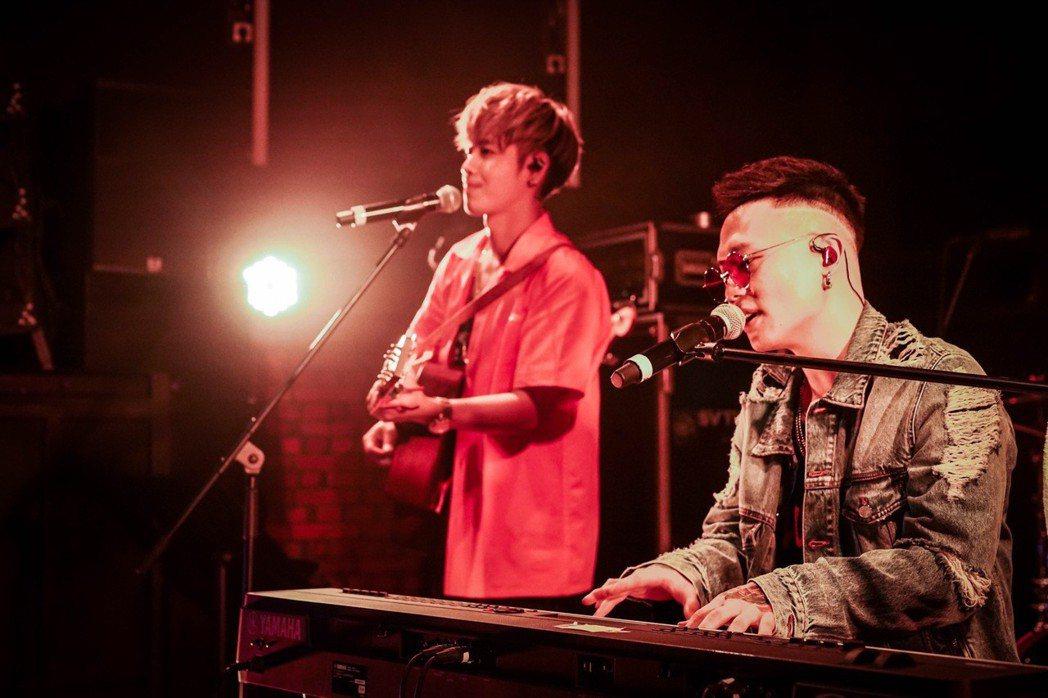 蕭秉治和鼓鼓首次合體專場演出。圖/相信音樂提供