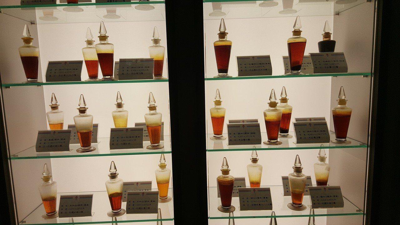 各地油井探採出的原油。記者胡蓬生/攝影