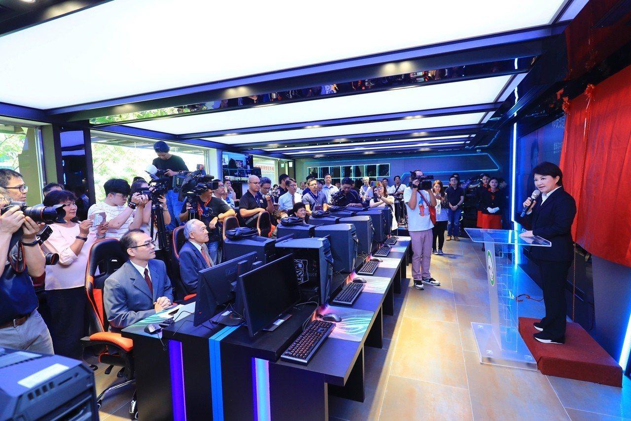 僑光科技大學成立全台唯一電競菁英培訓基地,開設電競訓練、賽事模擬、高階繪圖、遊戲...