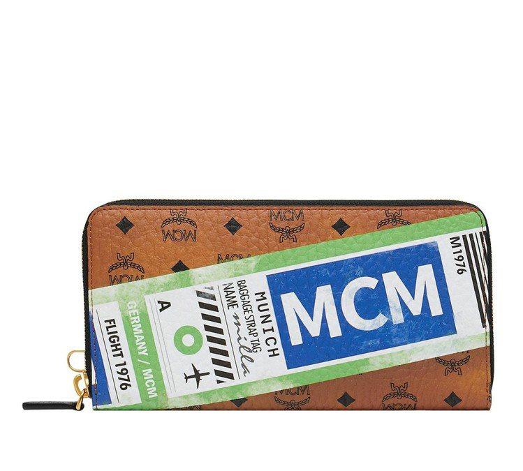 MCM空運標籤長夾,售價14,500元。圖/MCM提供