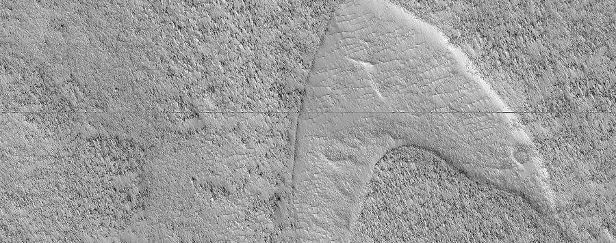 NASA觀測火星,發現狀似星際迷航記標記(photo from www.spac...
