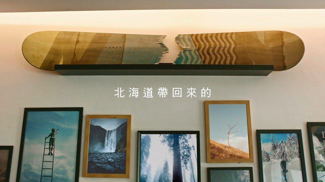 中華航空2019年全新品牌形象廣告「#旅行帶給你的紀念品」,各種吃喝玩樂話題的「...