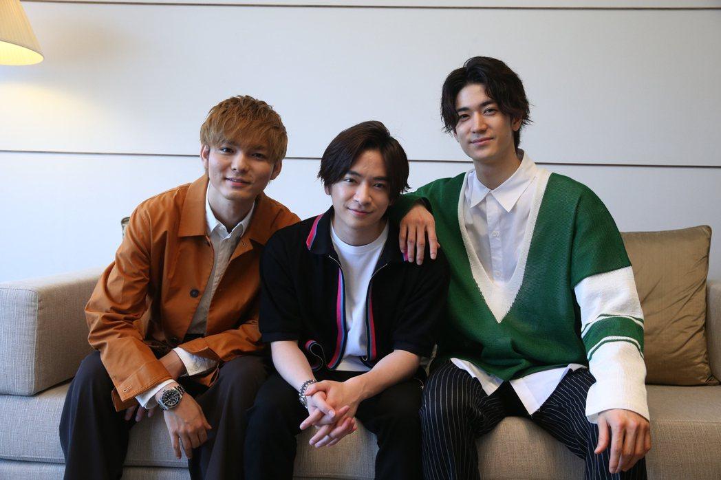 藪宏太(左起)、知念侑李、中島裕翔期待台灣演唱會。記者葉信菉/攝影