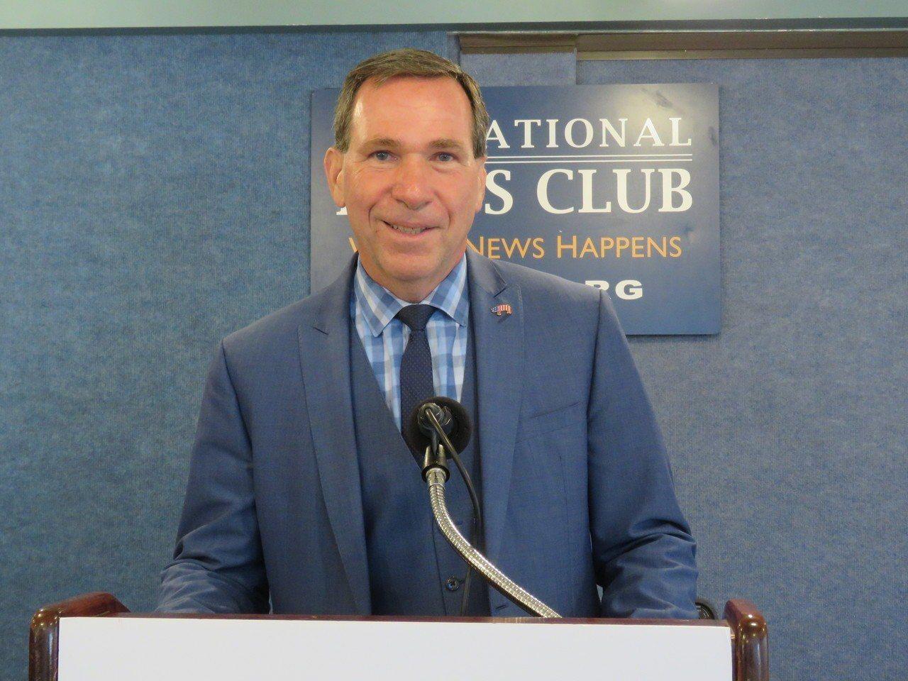 全美豬肉生產商協會副主席喬達諾。華盛頓記者張加/攝影