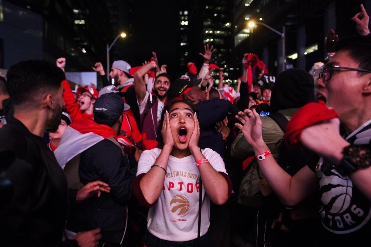 暴龍隊台灣時間今天晚上10點將在多倫多展開封王遊行,將在多倫多市中心舉行。 美聯...