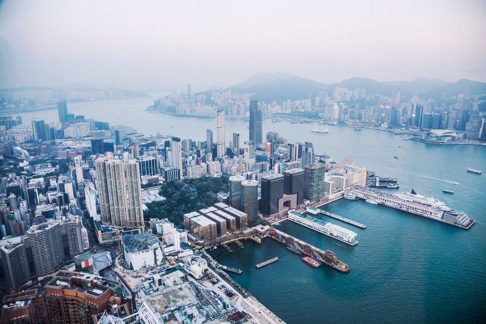 香港人寫了一篇文章給台灣人,分析台灣人平常看不到的香港生活真相。示意圖,圖片來源...