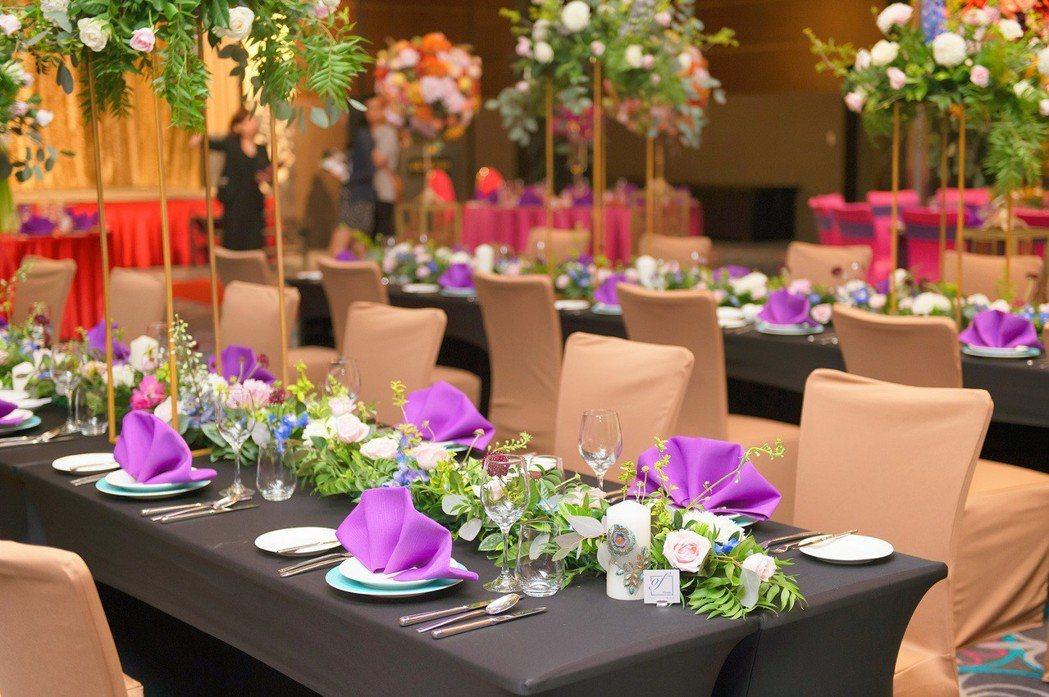 維多麗亞酒店2019年「幸福特定日」平日婚宴專案,每桌$16,800+10%起,...