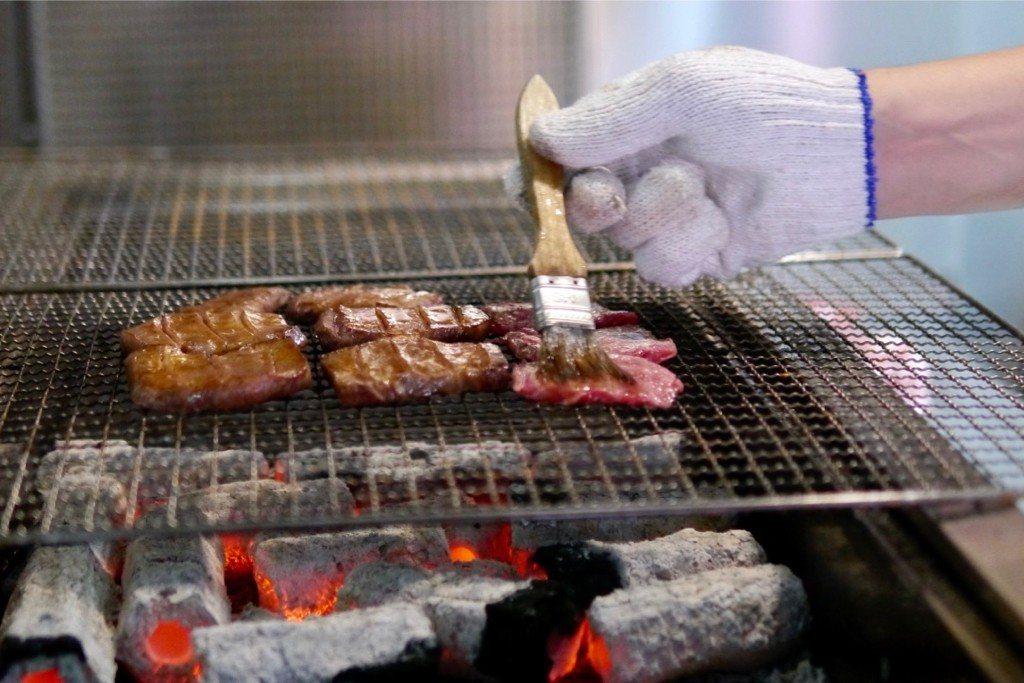 炭烤工作中的工作區