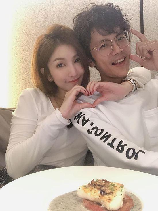Grace(左)發表聲明原諒阿翔。圖/摘自臉書