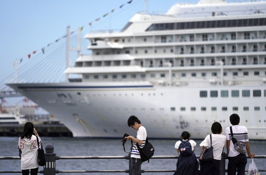 搭郵輪訪日旅客數五年激增13倍,圖為日本橫濱港。(圖/美聯社)