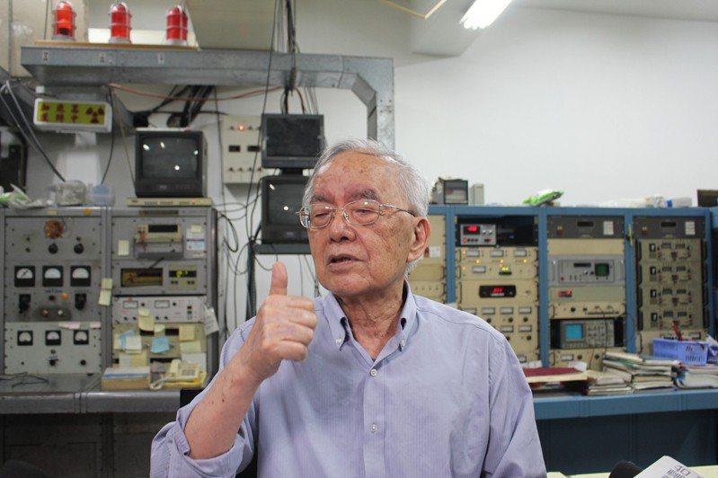 清華大學教授楊銀圳埋首研究核子物理已60年,發現低能量核融合不但能發電,還不會產生任何核廢料、輻射及核汙染。記者張雅婷/攝影