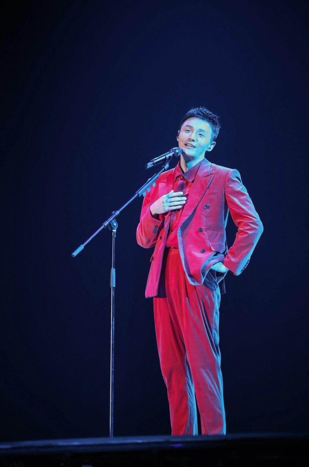 李榮浩出馬擔任「年少有為」世界巡演音樂總監、總導演以及總策劃。圖/上引娛樂提供