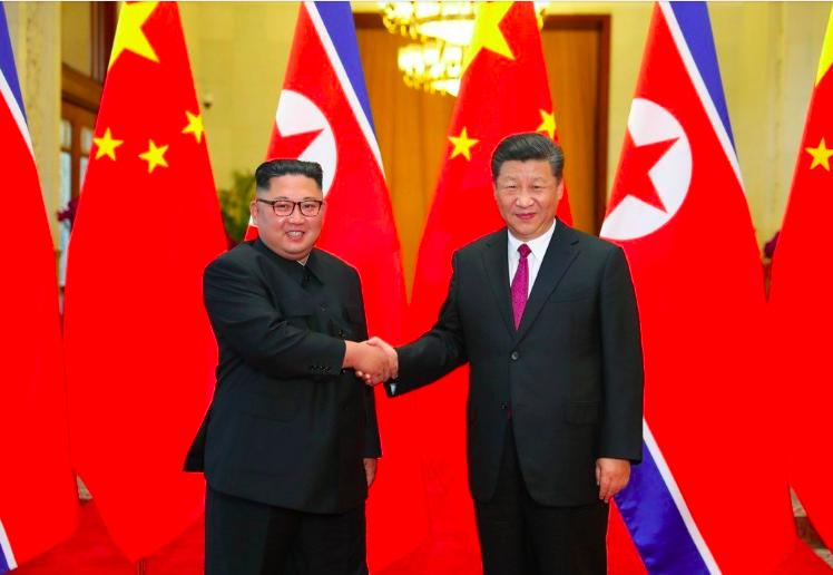 圖為2018年6月大陸國家主席習近平(右)與北韓領導人金正恩在大陸舉行會談。 圖...
