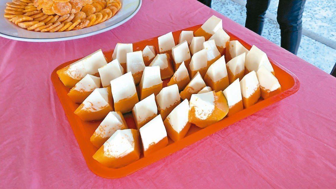 五結鄉「瓜瓜節」活動,可吃到清爽美味的南瓜奶酪。 記者戴永華/攝影