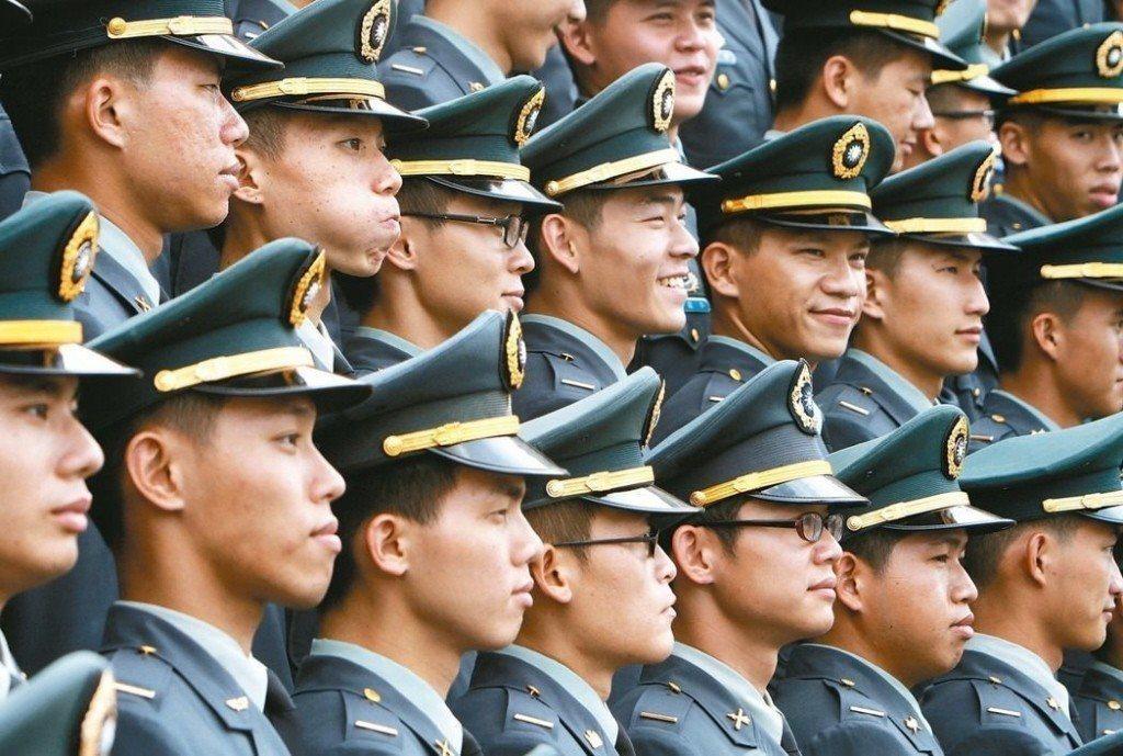 立法院臨時會將處理「兩岸人民關係條例」部分條文,避免退將赴中國大陸參加政治性活動...
