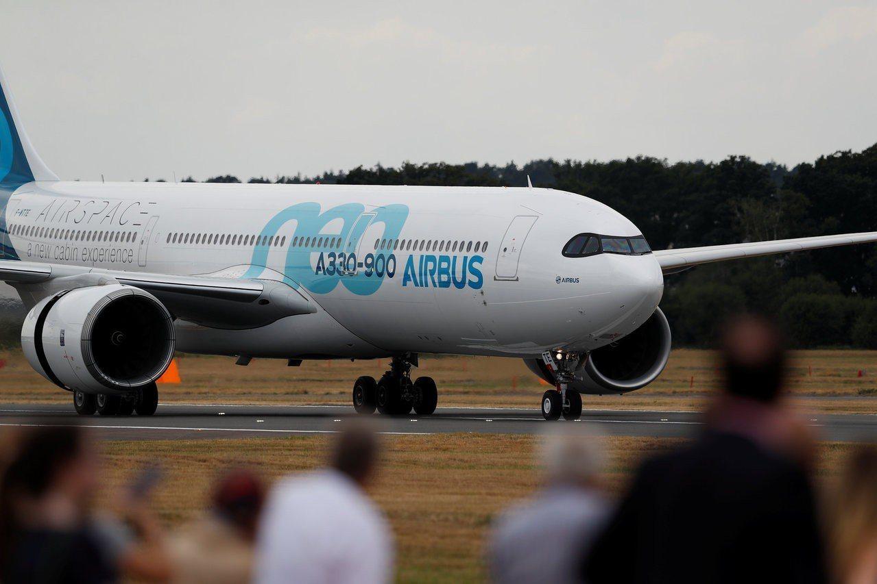 空巴最多將出售14架新版A330-900寬體客機。 (本報系資料庫)