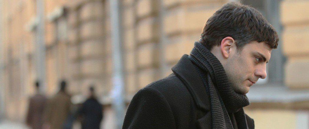 《文字慾》的主角為俄羅斯流亡作家「多甫拉托夫」。 圖/佳映娛樂提供