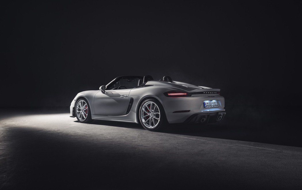 兩款718 GT4跑車都來到了420匹馬力。 Porsche Taiwan提供