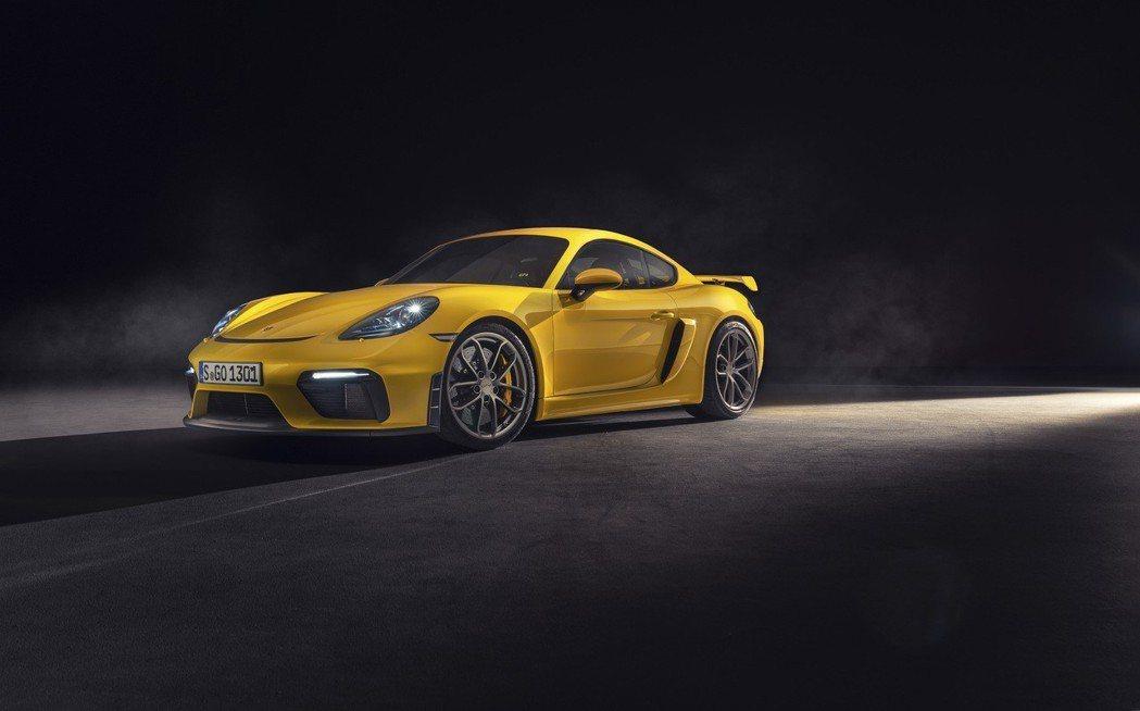 頂級NA引擎來了!最新Porsche 718 Spyder 與 718 Cayman GT4 台灣預售開跑!