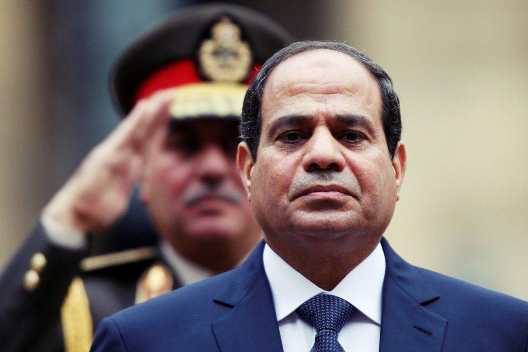 受到人民歡呼的塞西將軍已光榮退伍、當上了埃及總統,今年年初更是透過爭議修憲,解除...