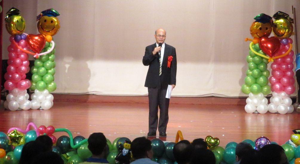 日月之光慈善事業基金會董事長蔡天仁致詞表示,30多年前從大家每個月一百元、一百元...
