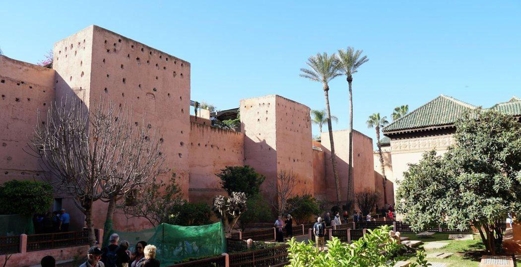 隱藏於土牆內的薩阿德王朝陵墓