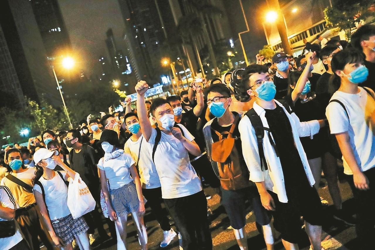川普談香港反送中 稱示威抗議者發揮重大作用