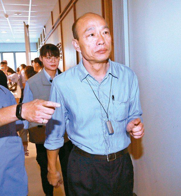 高雄市長韓國瑜昨天表示,歡迎行政院盡快撥款支應防治登革熱疫情。 記者劉學聖/攝影