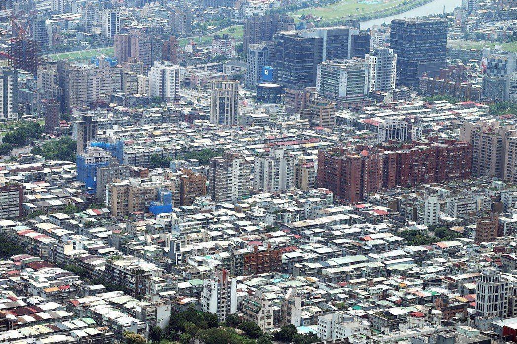 身為都更火車頭,國家住宅及都市更新中心動起來,預計今年六月底將公告招商兩大都更案...