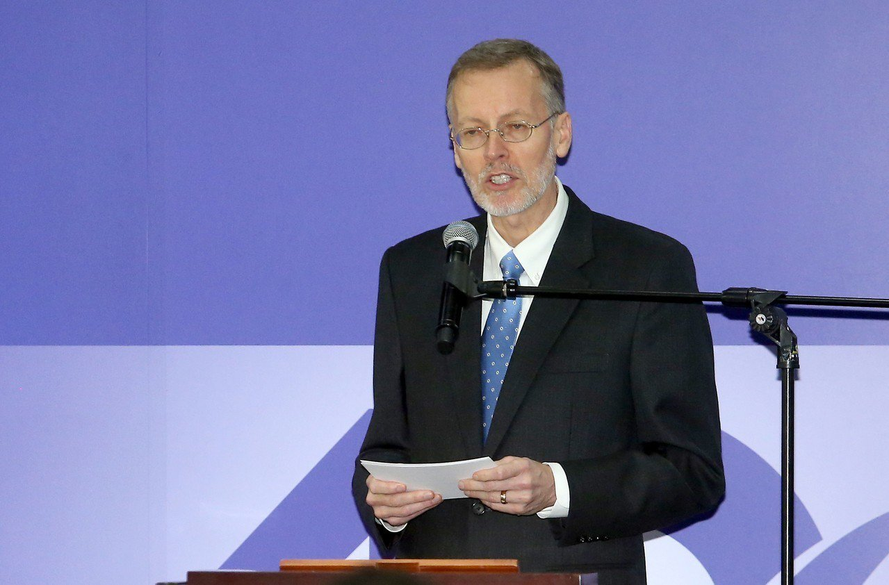 美國在台協會(AIT)處長酈英傑昨天表示,美國與台灣在經濟議題有三大立即優先事項...