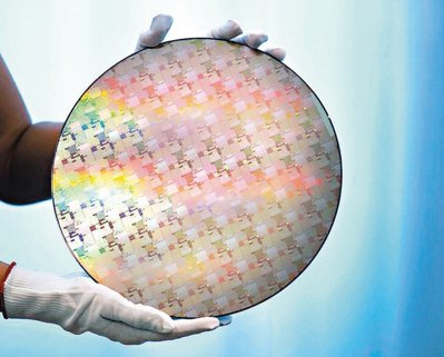 全球第四大半導體矽晶圓供應商Siltronic宣布調降今年財測。 本報系資料庫