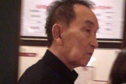 日本傑尼斯經紀公司的創辦人強尼喜多川,18日傍晚在家中暈倒,被緊急送醫,目前仍在住院治療中。根據「東京體育報」指出,87歲的強尼喜多川18日傍晚突然在澀谷家中昏倒,被救護車緊急送往醫院,甚至還一度傳...