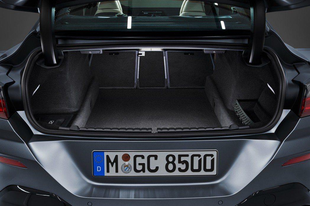 全新BMW 8 Series Gran Coupe (G16) 可提供440公升...