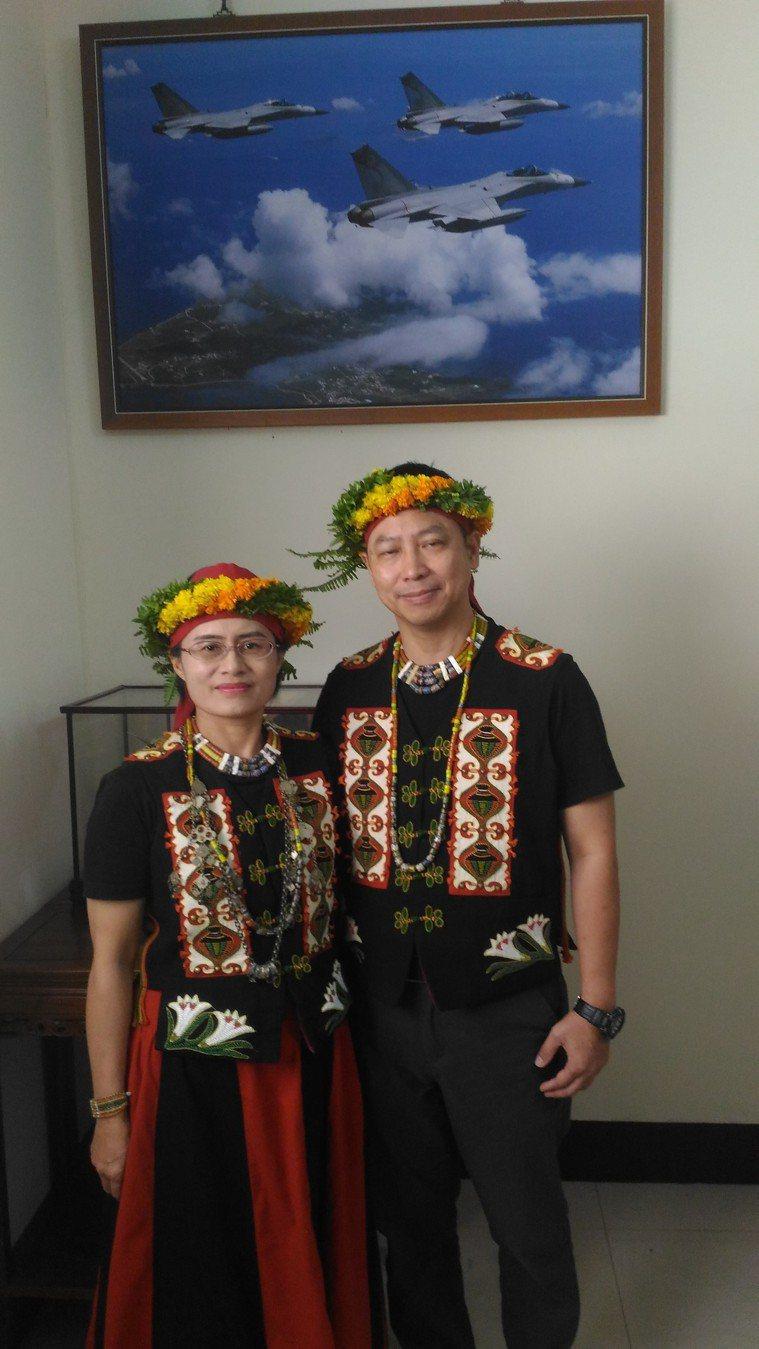 黃中興、王清英夫婦今天到台南空軍基地,分享兒子王黃冠鈞器捐,遺愛人間的感人故事。...